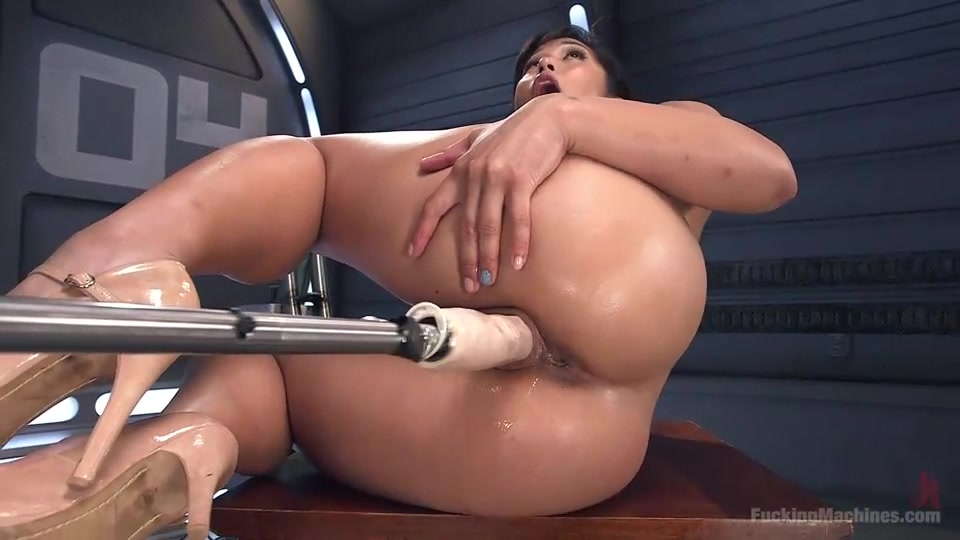 Asian fucking and fingering her ass