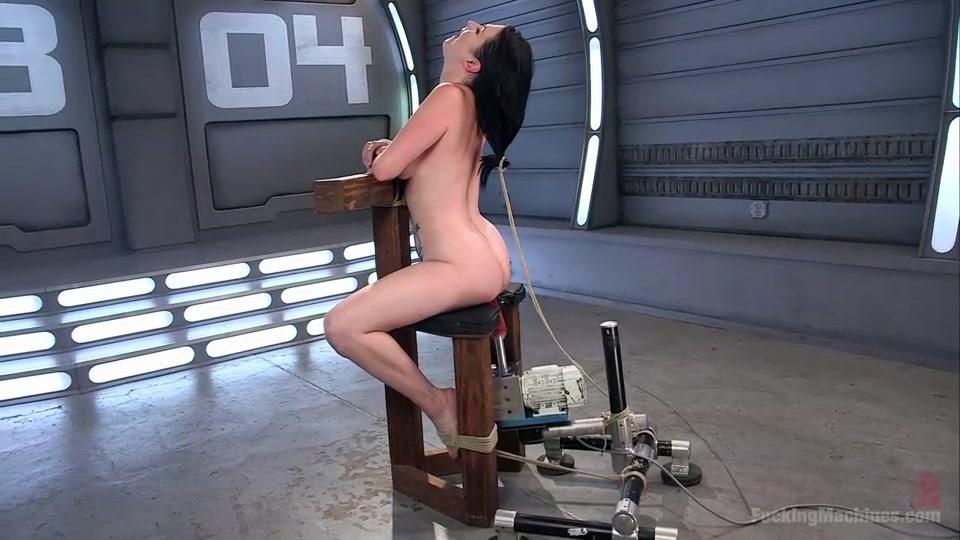 Sit on dildo machine