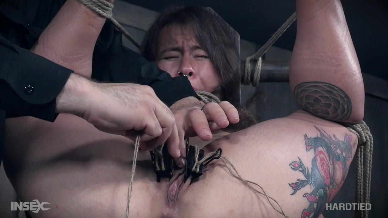 Большие шалава с половыми губами кино ролик