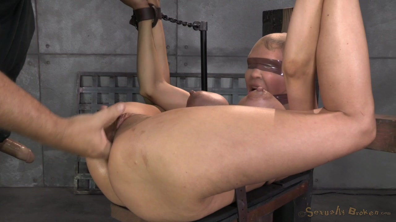 Sexually Broken Bitch With Tt Bondage In Her First Bdsm -5350